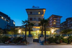 Hotel Delaville Frontemare - AbcAlberghi.com