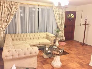 Amplia casa en las Condes - Hotel - Santiago