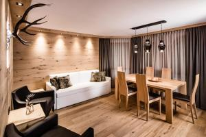 Apartments Belaval