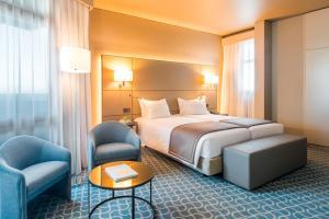 Hotel Dom Henrique - Downtown, Отели  Порту - big - 14