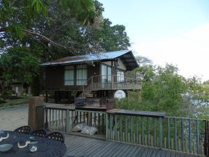 Namwi Island Lodge & Camping (26939)