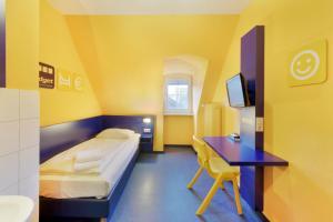 Albergues - Albergue Bed\'nBudget Expo- Rooms