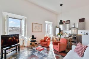 Rome as you feel - Dante Penthouse - Large Terrace with View - abcRoma.com