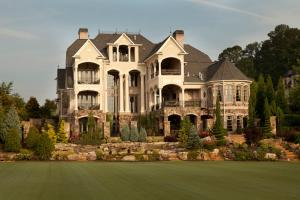 Mansion in Gated Country Club 45 minute drive to Mercedes Benz Stadium - Canton