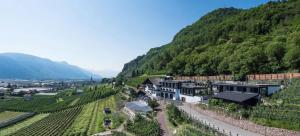 Garni Hotel Katzenthalerhof - Accommodation - Lana