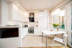 Apartament Mokotowska by Your Freedom
