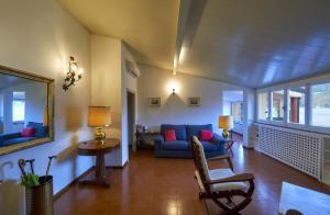 Casa Posta, Ferienwohnungen  Varenna - big - 9