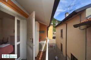 Casa Posta, Ferienwohnungen  Varenna - big - 12