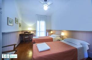 Casa Posta, Ferienwohnungen  Varenna - big - 23