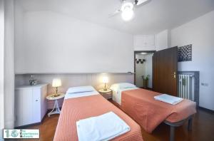 Casa Posta, Ferienwohnungen  Varenna - big - 24