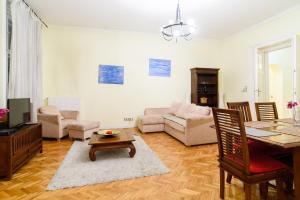 Classy Danube Apartment - Budapest