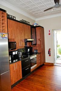 Saffron Guest House, Гостевые дома  Йоханнесбург - big - 32