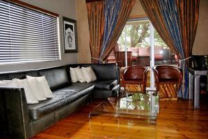 Saffron Guest House, Penziony  Johannesburg - big - 18