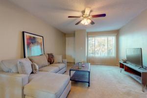 Hamptons Villa - Apartment - Mesa
