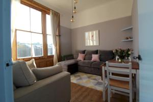 Stunning Period Central Hove 2-Bedroom Apartment - Hove