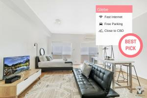 Kozy 1 Bed APT+ FREE PARKING | 6 mins walk To UTS - Glebe