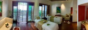 Taj Green Cove Resort and Spa Kovalam, Resorts  Kovalam - big - 60