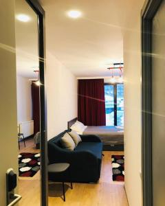 GoodAura by Room 308