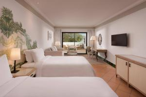 Pine Cliffs Hotel, A Luxury Collection Resort, Resorts  Albufeira - big - 110