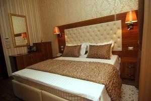 Hotel Boutique Restaurant Gloria, Hotely  Tirana - big - 86