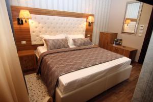 Hotel Boutique Restaurant Gloria, Hotely  Tirana - big - 85