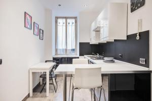 Modern and bright 2 bed flat in Testaccio