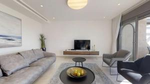 RENTAL ISRAEL-Harav Kook Penthouse