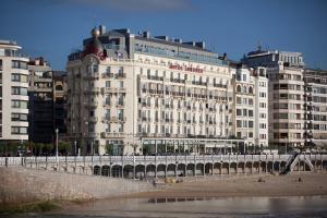 Hotel de Londres y de Inglaterra (1 of 53)
