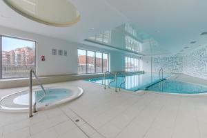 Flats For Rent - Waterlane Island Spa&Wellness