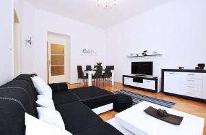 3BDR Apartment for Groups and Families