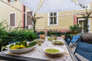 Casa Frisi - AbcRoma.com