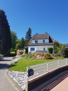 Ferienwohnung Villa am Golfplatz - Bündheim
