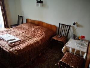Apartment Erekle, Privatzimmer  Bordschomi - big - 4