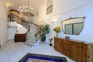 Aurora Apartments - AbcAlberghi.com