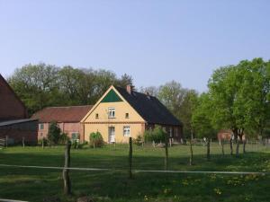 Ferienhof Neu Grebs - Baekern