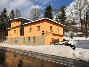 Penzion FÉNIX - Hotel - Vrchlabí