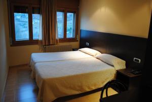 Hotel la Mola, Отели  Энкам - big - 8