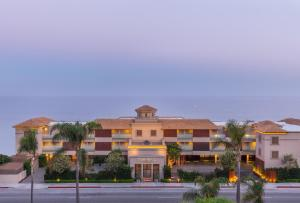 Malibu Beach Inn (1 of 36)