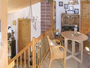Two-Bedroom Holiday home Breidenstein with a Fireplace 04, Prázdninové domy  Breidenstein - big - 15