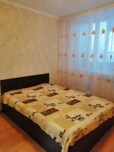1 комнатная квартира ул Мира 5 микрорайон 8 дом - Pyt - Yakh