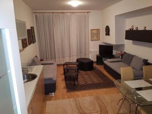 Apartman Zaza - Apartment - Trnovo