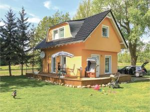 Two-Bedroom Holiday Home in Poel OT Weitendorf - Einhusen