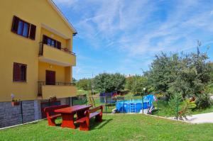 Apartment in Sajini/Istrien 35904 - Šajini