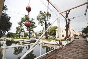Feung Nakorn Balcony Rooms and Cafe, Отели  Бангкок - big - 72