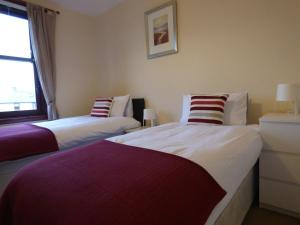 Beechwood Park - Sleeps 4 easy access to Edinburgh - Dalkeith