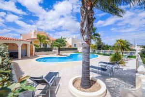 obrázek - Villa Paraiso is a luxury villa in the seaside resort of Carvoeiro