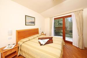 Residence Borgo Degli Ulivi, Aparthotely  Gardone Riviera - big - 8