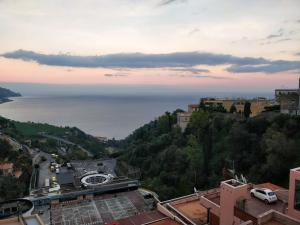 Sea view Apartment - AbcAlberghi.com
