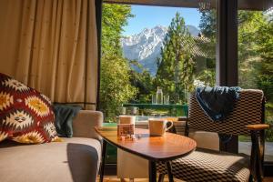 Idyllic cottage in beautiful Alps