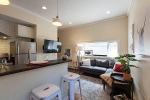 obrázek - LOHI CARRIAGE HOUSE: NEAR DOWNTOWN / BRONCOS